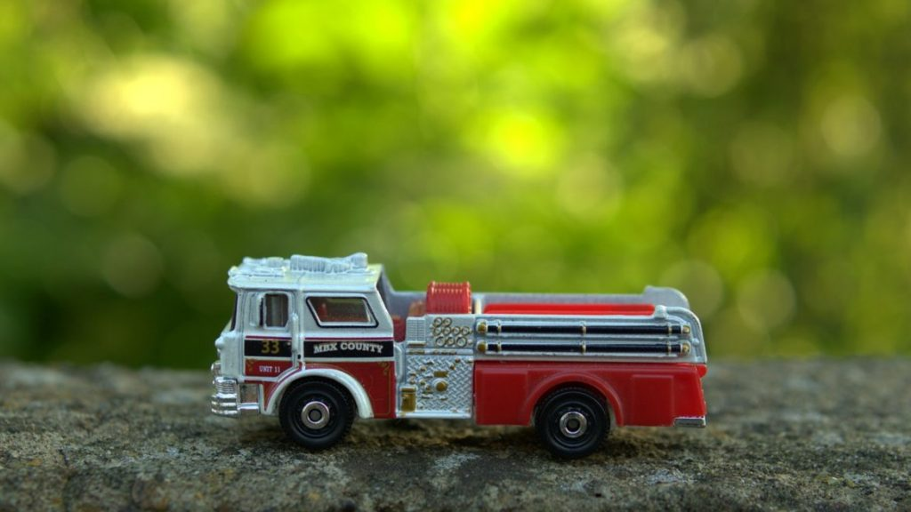 Peachy The 15 Best Toy Fire Trucks To Buy Your Kids In 2019 Muddy Bralicious Painted Fabric Chair Ideas Braliciousco