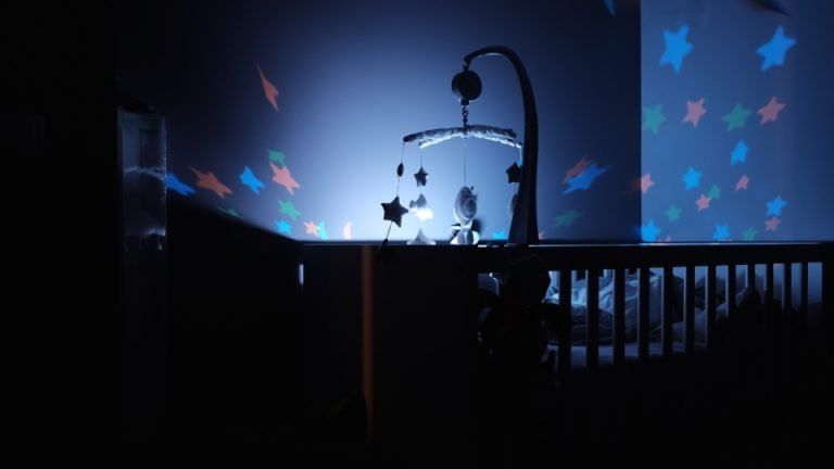 Baby sleep projector